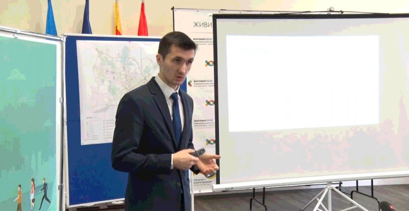 Дмитро Ткачук розповів, як потрібно розвивати транспорт