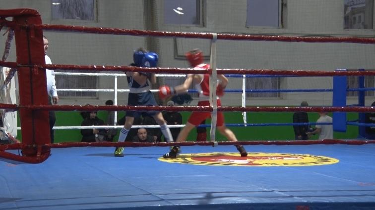 Чемпіонат України з боксу серед молоді стартував у Житомирі