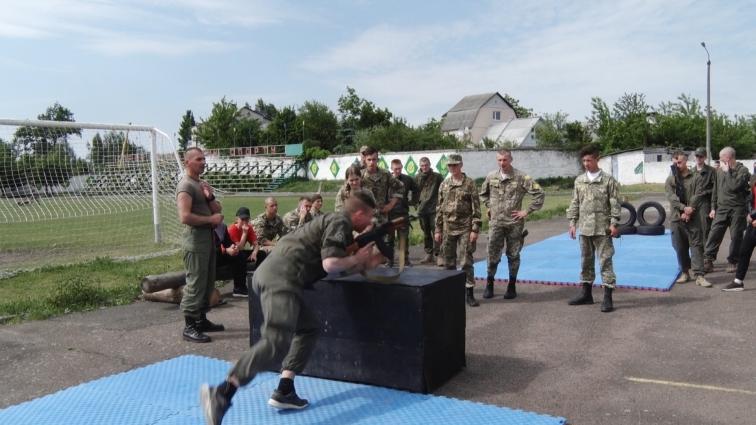 Військово-патріотична гра «Джура-десантник» відбулася у Житомирському військовому інституту імені С.П. Корольова