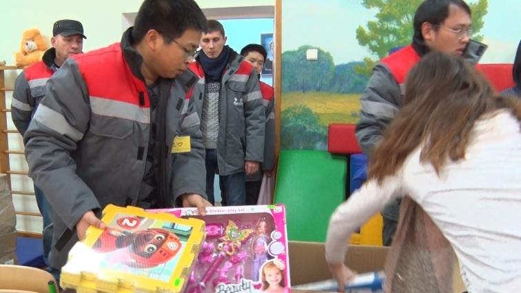 Китайська компанія надала допомогу будинку дитини
