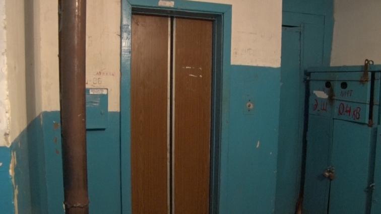 У Житомирі обслуговувати ліфти хоче комунальне підприємство