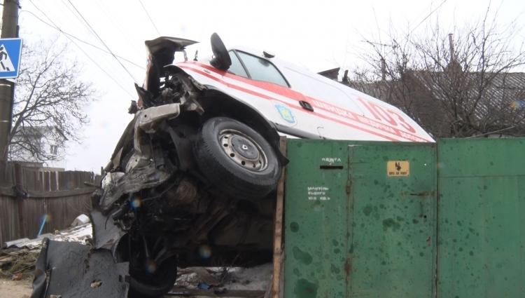 ДТП в Житомирі: зіткнулися швидка і позашляховик