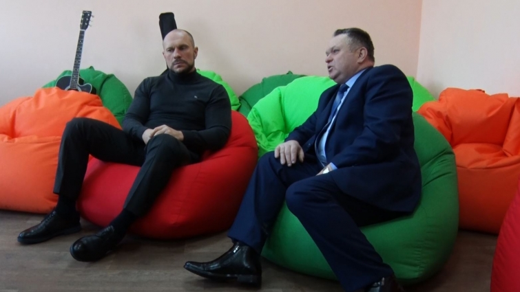 Ілля Кива відвідав Високівську гімназію на Черняхівщині