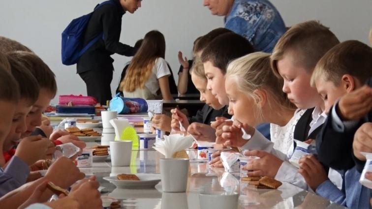 У житомирських школах випробовують нове сніданкове меню