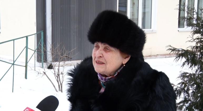 87-річній житомирянці лікарі повернули зір