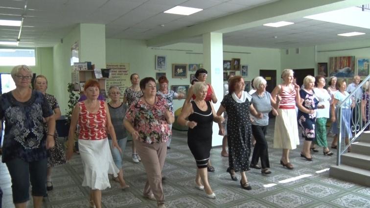 Житомирські  пенсіонери готують танцювальну програму до  Дня Незалежності