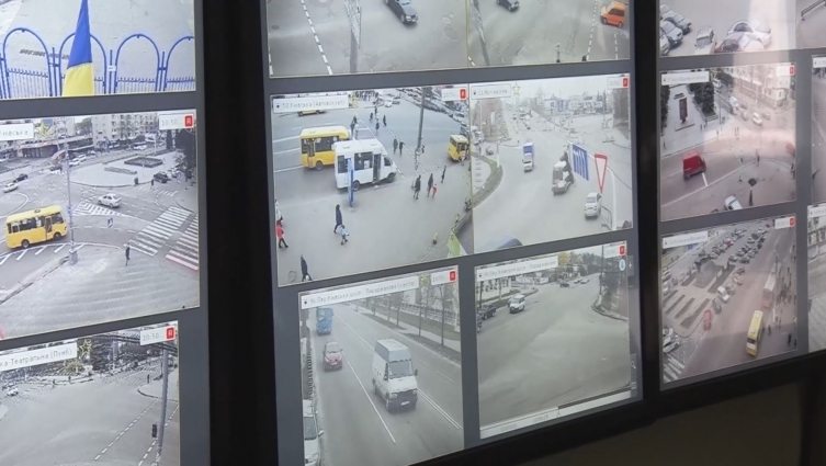 Більше сотні камер у Житомирі допомагають поліції виявляти порушення