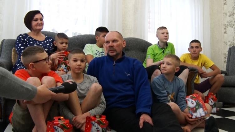 Лісівники допомагають дитячим будинкам сімейного типу