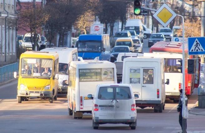 Перевізник в суді прагне відмовитись від безкоштовного перевезення пільговиків