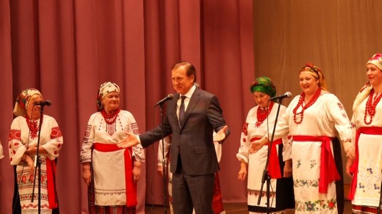 Хорошівським жінкам подарували концерт до 8-го березня