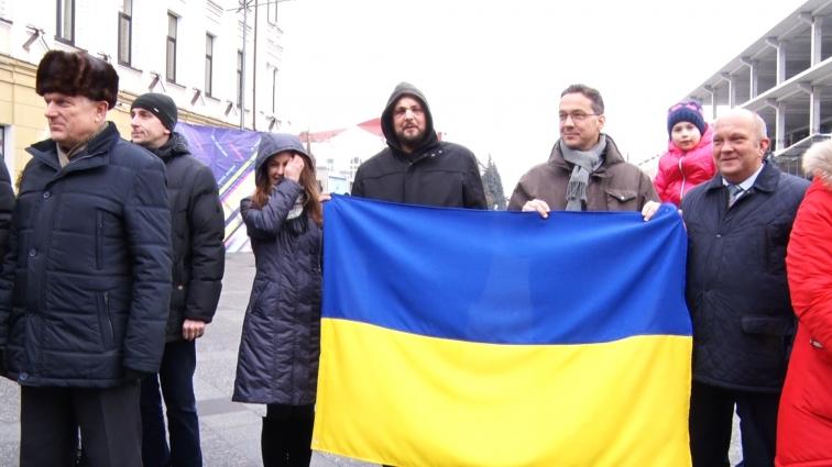 Житомиряни відзначили День Соборності, утворили традиційний «живий» ланцюг єдності