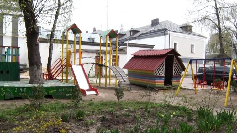 Ігровий майданчик відкрили в одному з ОСББ Житомира