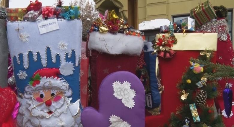 В Житомирі стартував фестиваль «Різдвяна панчоха»