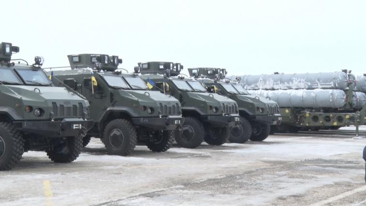 Звітом укроборонпрому назвав Президент України передачу військової техніки в Озерному