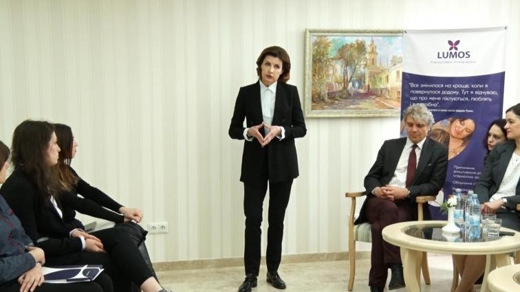 Марина Порошенко в Житомирі розповіла про впровадження реформи інклюзії в освіті