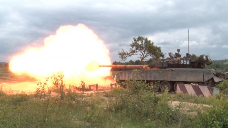 Військовослужбовці проходили «обкатку танком» на полігоні в Перлявці