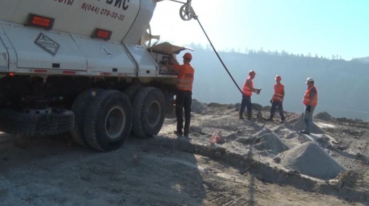 Потужні видобувні кар'єри та виробництво тротуарної плитки працюють у Малинському районі