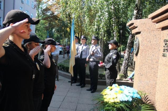 Житомирські поліцейські вшанували загиблих колег