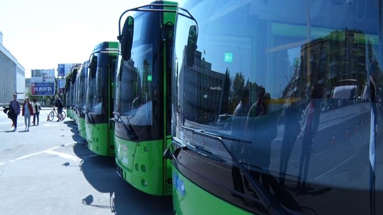 У Житомирі представили 17 нових автобусів для пасажирських перевезень