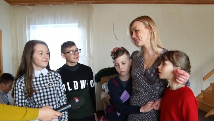 Родина Зіляк запросила у гості знімальну групу СК1