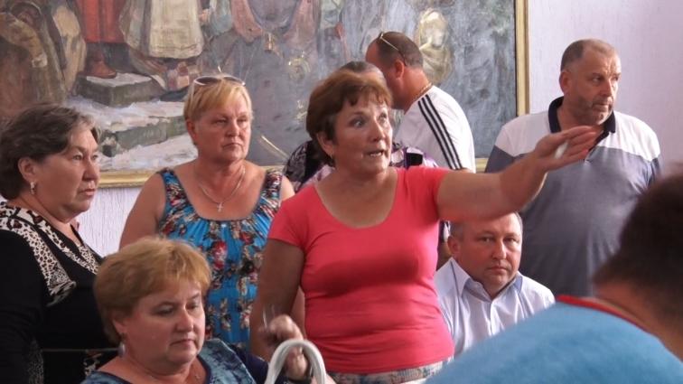 В Оліївській сільраді сесію продовжили на третій день