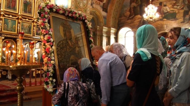 Віряни з усієї України вшанували ікону Божої Матері «Подільська»