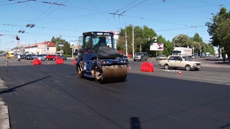 Обіцянку ремонтувати дороги вночі дорожники не дотримали