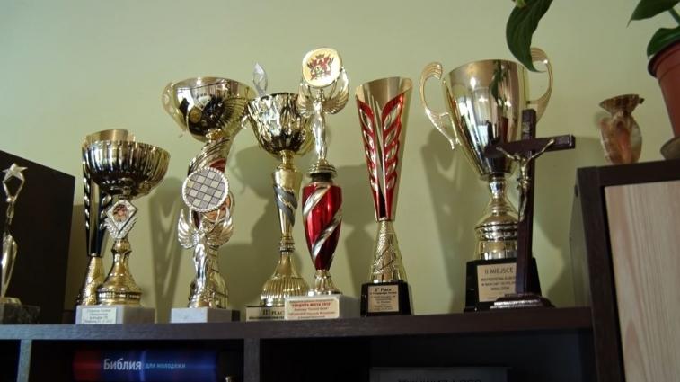 Житомирському чемпіону з шашок, який має інвалідність, було холодно жити в квартирі