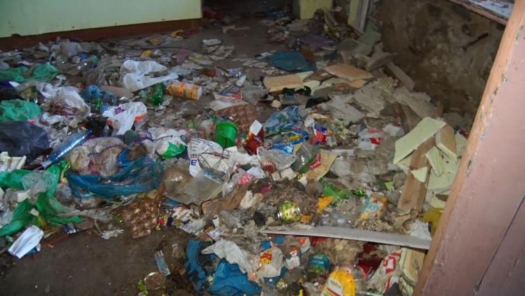 Мешканці Мальованського провулку в Житомирі скаржаться на бездіяльність міської влади