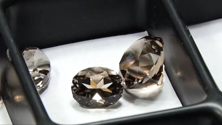 Хорошівські самоцвіти та коштовне каміння
