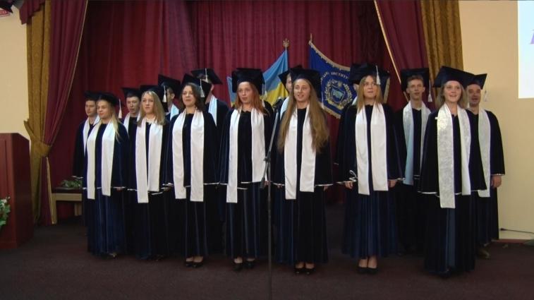 Житомирський інститут медсестринства випустив понад 460 спеціалістів бакалаврів та магістрів