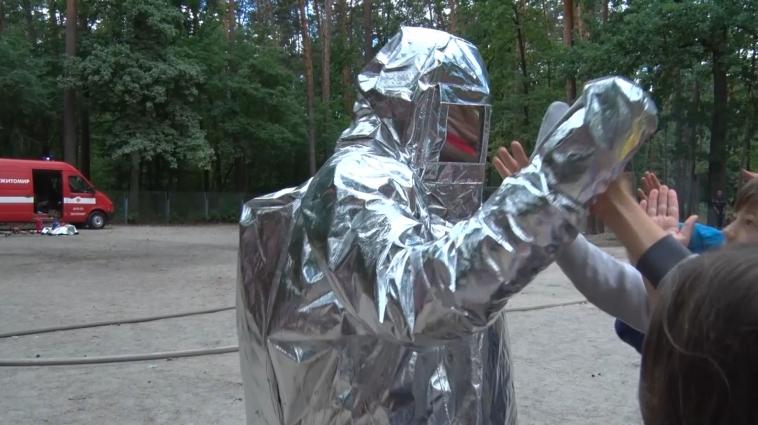 ДСНС навчали вихованців табору «Супутник» правилам безпеки