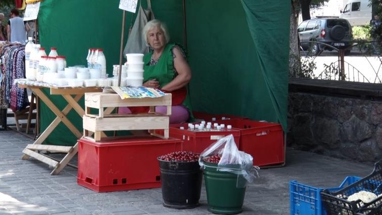 Торгівля без дозвільних документів ведеться повсюди в Житомирі