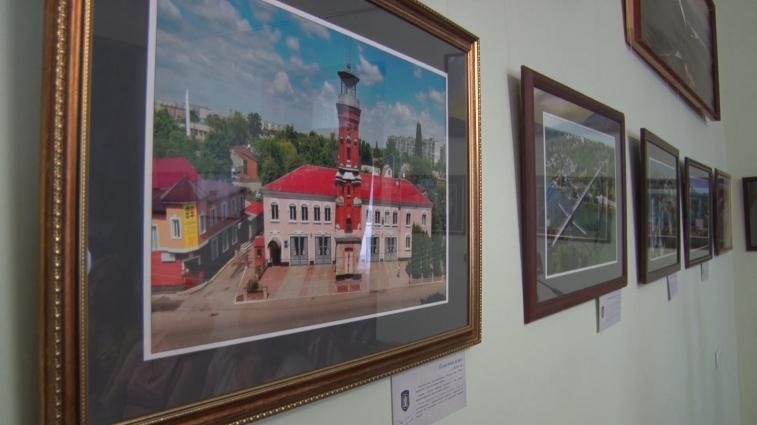 Фотографії Житомира з висоти пташиного польоту можна побачити в Домі української культури