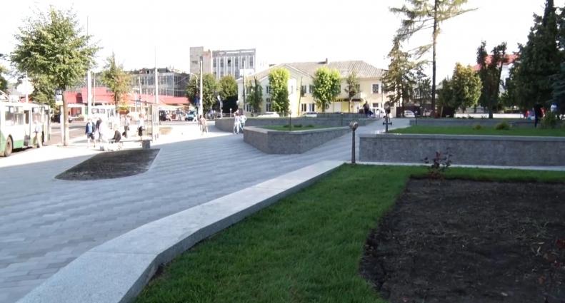 Житомиряни оцінили новий сквер імені Ольжича