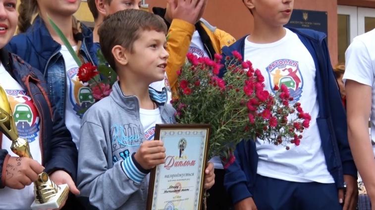 Учні Тетерівської ЗОШ здобули перемогу у Всеукраїнських змаганнях юних інспекторів дорожнього руху