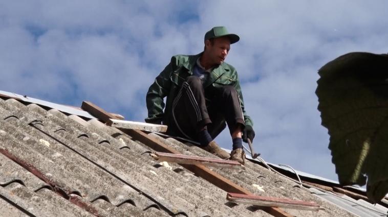 45 млн грн. потрібно на ремонт побитих градом дахів