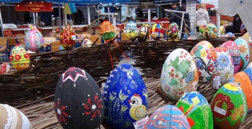 До Великодня в Житомирі відкрили Фестиваль писанки