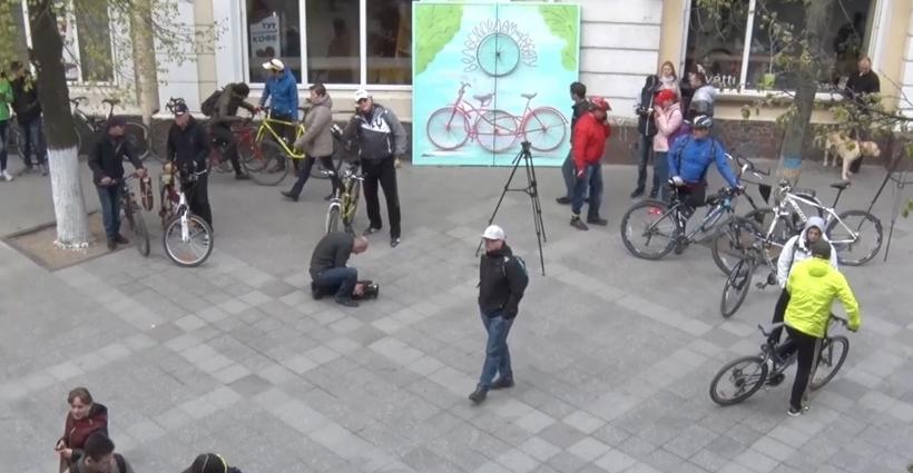 Житомиряни долучилися до всесвітньої акції «Велосипедом на роботу»