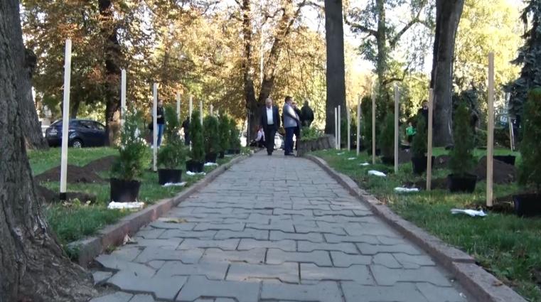 У Житомирі заклали  Алею єдності лісівників