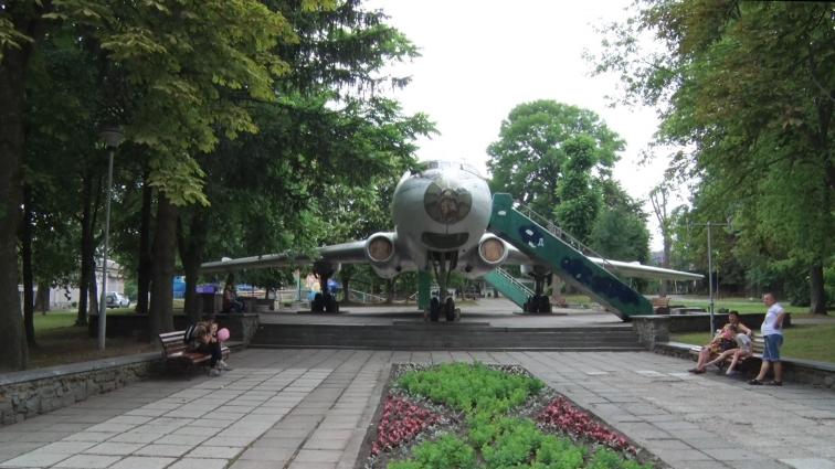 На ремонт літака Ту-104А грошей немає