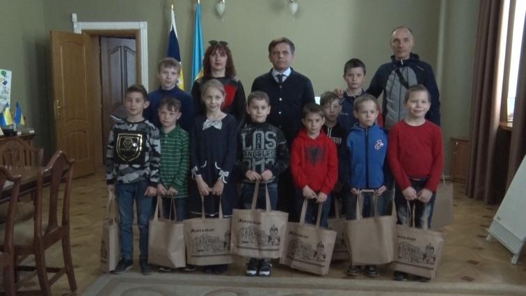 Діти з Мар'їнки відпочивали в Житомирі упродовж тижня