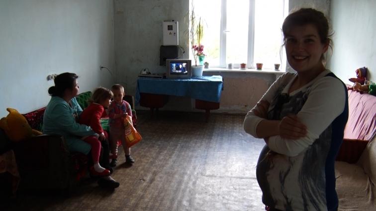 Вагітна дівчина-безхатченко потребує постійного опікуна