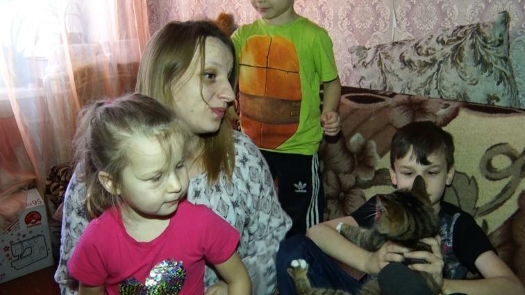 Житомирська багатодітна родина потребує капітального ремонту житла