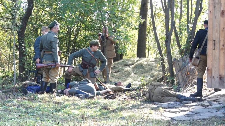 На Радомишильщині реконструювали  бій 1943 року