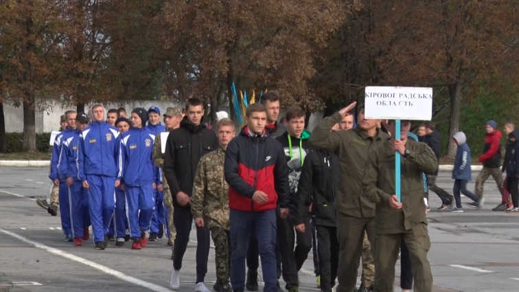 Близько 300 юнаків та дівчат змагалися у Житомирському військовому інституті ім. С. П. Корольова